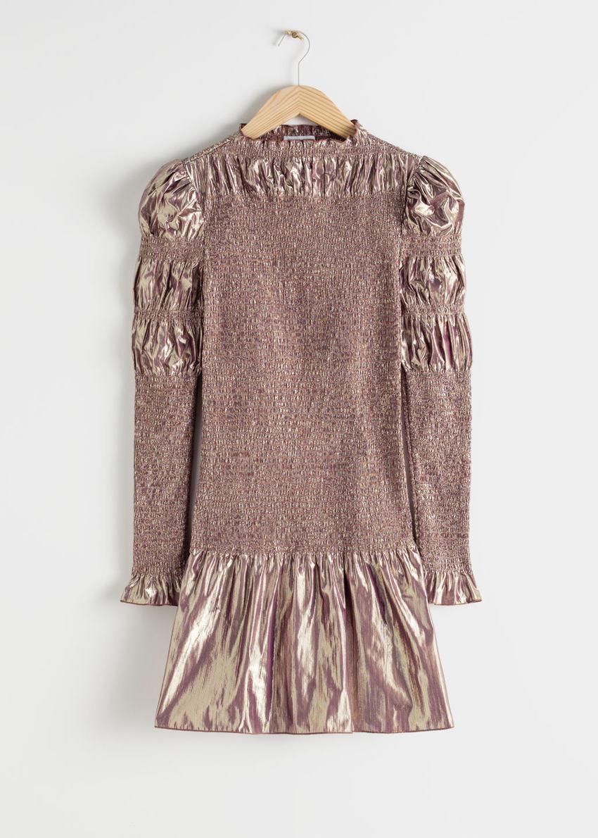 앤아더스토리즈 스모크 메탈릭 미니 러플 드레스의 핑크컬러 Product입니다.