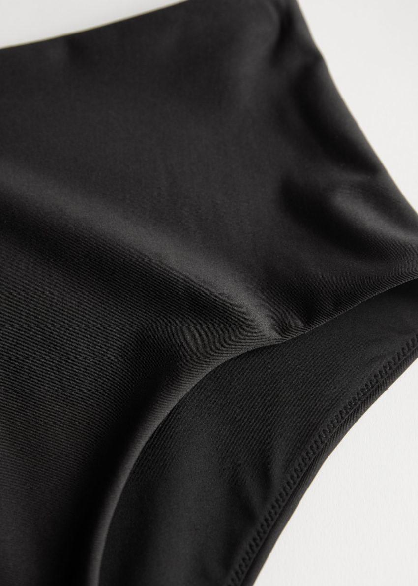앤아더스토리즈 하이 라이즈 비키니 보텀의 블랙컬러 Detail입니다.