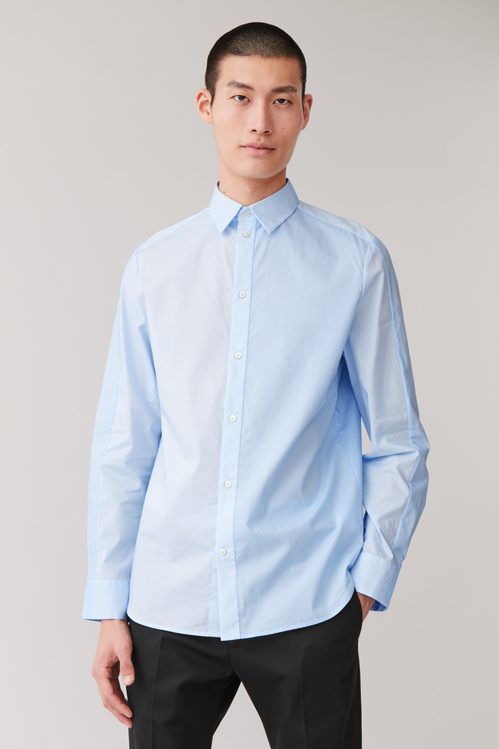 COS default image 8 of 블루 in 프린티드 오가닉 코튼 셔츠