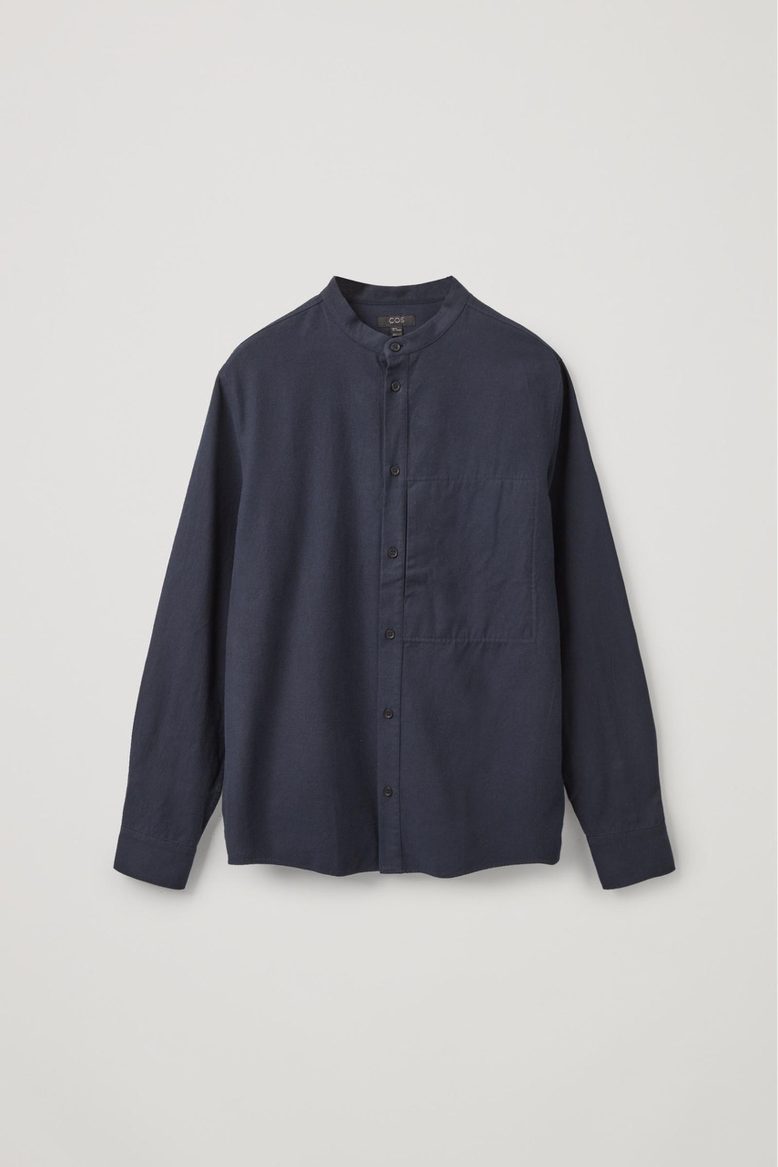 COS 레귤러 핏 칼라리스 셔츠의 블루컬러 Product입니다.