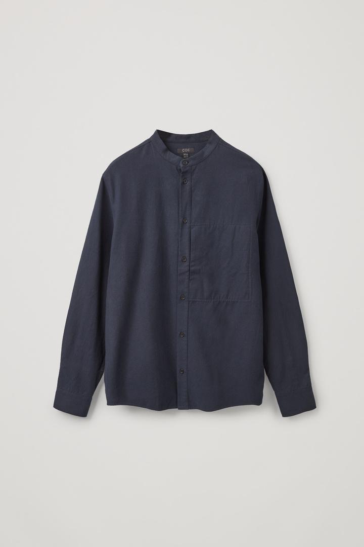 COS hover image 7 of 블루 in 레귤러 핏 칼라리스 셔츠