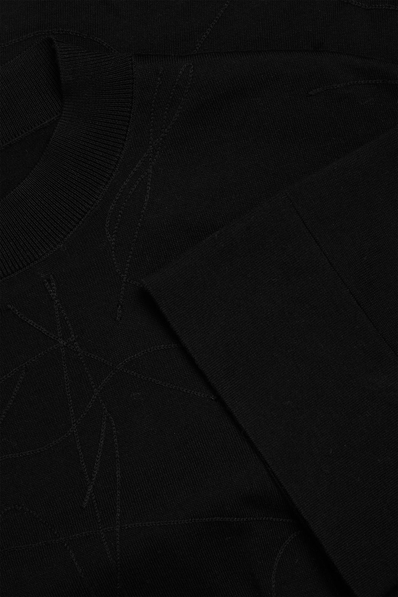 COS 오가닉 코튼 앱스트랙트 스티치 디테일 드레스의 블랙컬러 Detail입니다.
