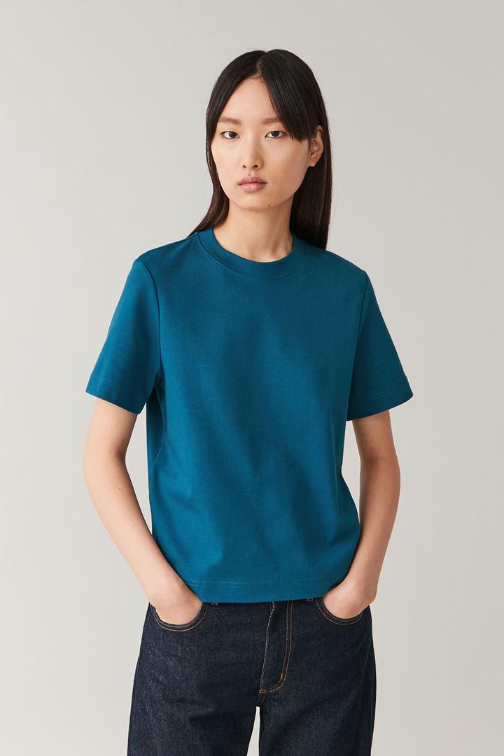 COS default image 7 of 블루 in 슈렁큰 코튼 티셔츠