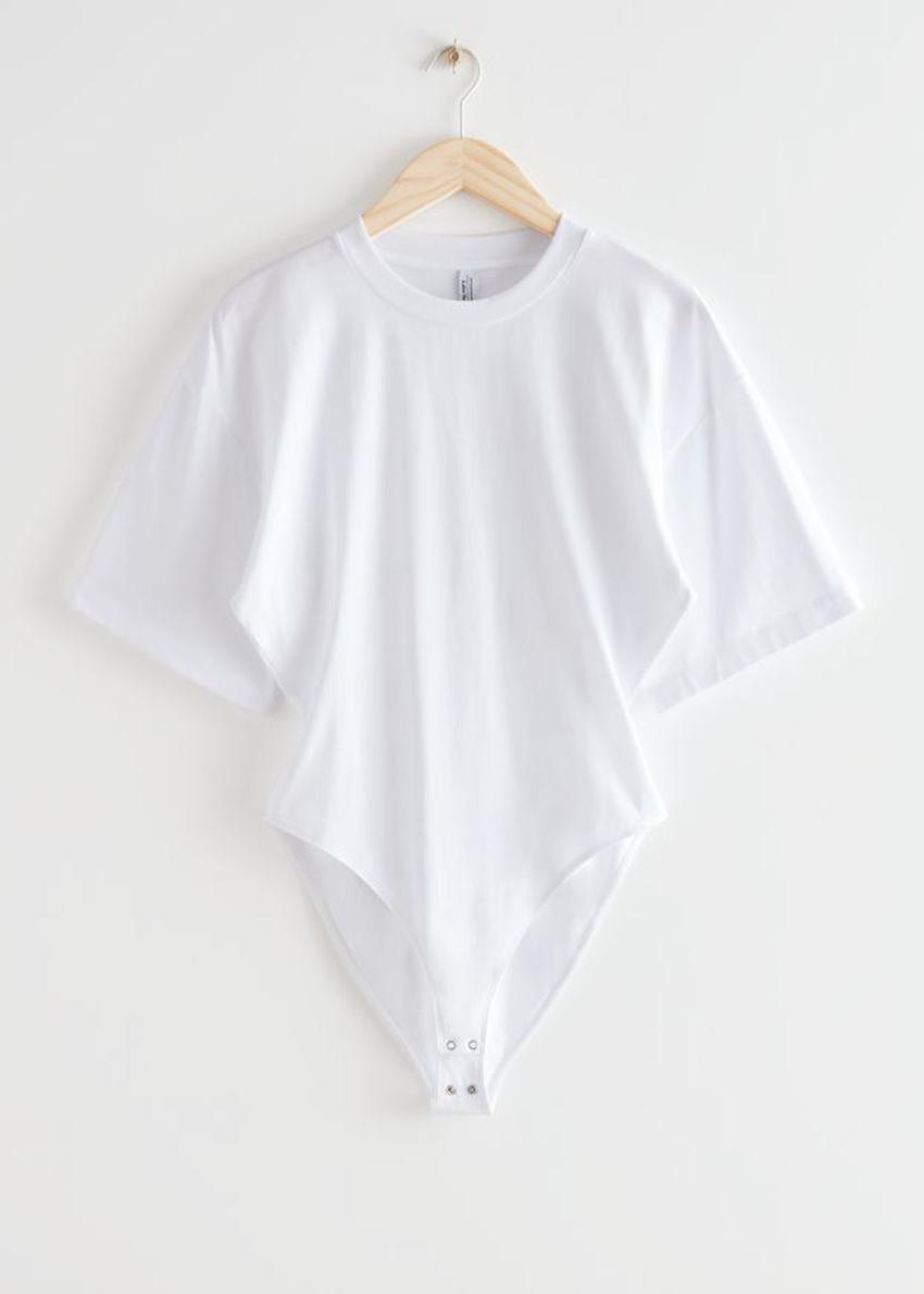 앤아더스토리즈 티셔츠 슬리브 바디수트의 화이트컬러 Product입니다.