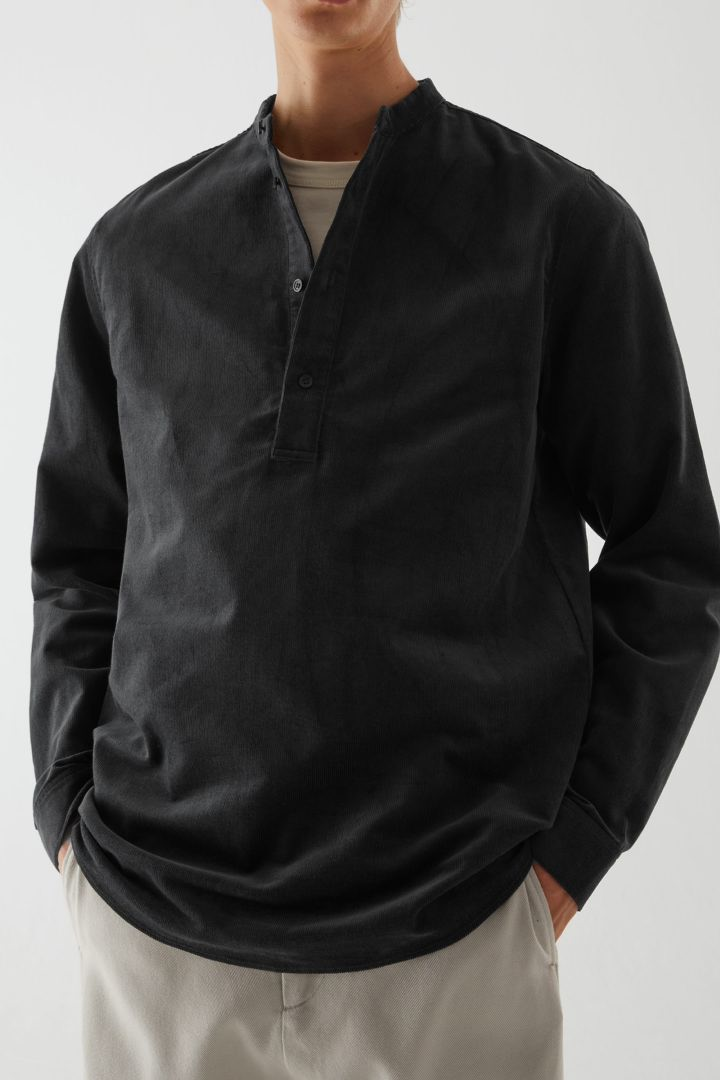 COS default image 1 of  in 코튼 코듀로이 튜닉 스타일 셔츠