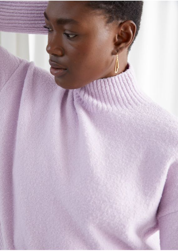 &OS image 31 of 라일락 in 크롭 모크 넥 스웨터