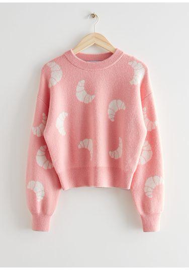 &OS image Style With default 0 of 라이트 핑크 in 니트 크로와상 모티브 스웨터