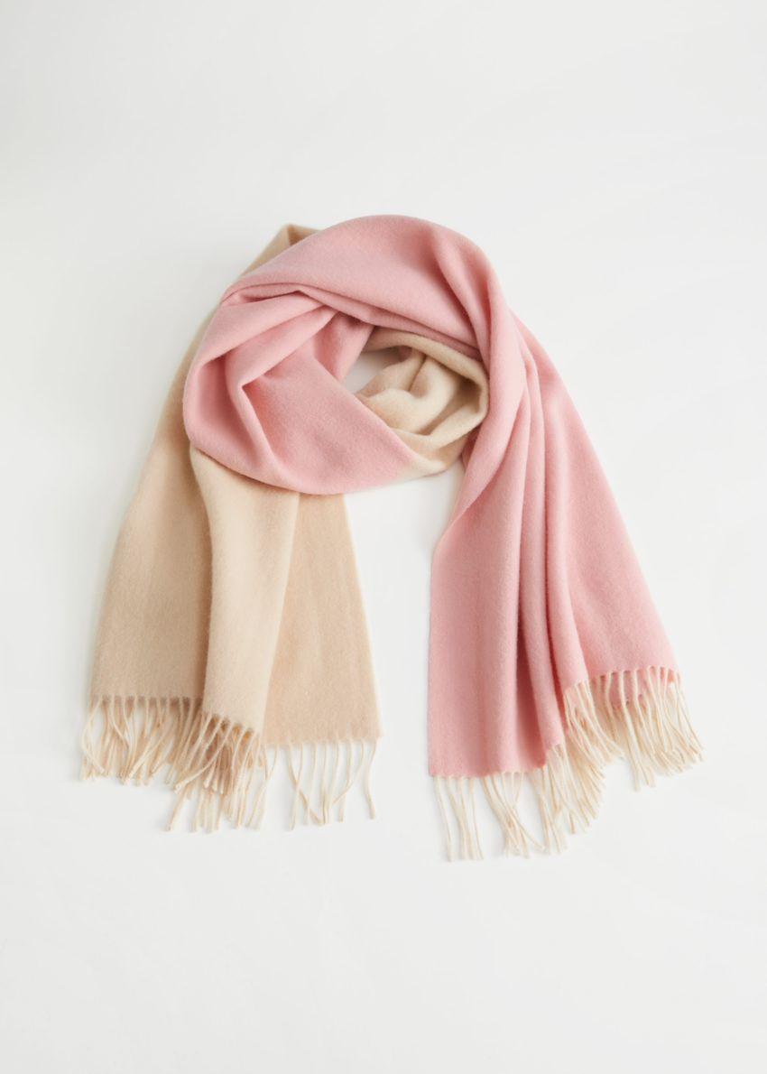 앤아더스토리즈 듀오 톤 울 블랭킷 스카프의 핑크, 베이지컬러 Product입니다.