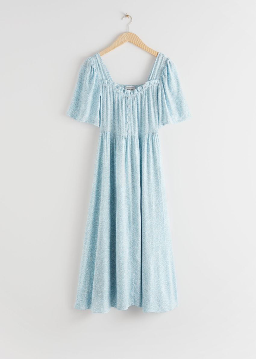 앤아더스토리즈 스모크 크레이프 맥시 드레스의 블루 프린트컬러 Product입니다.