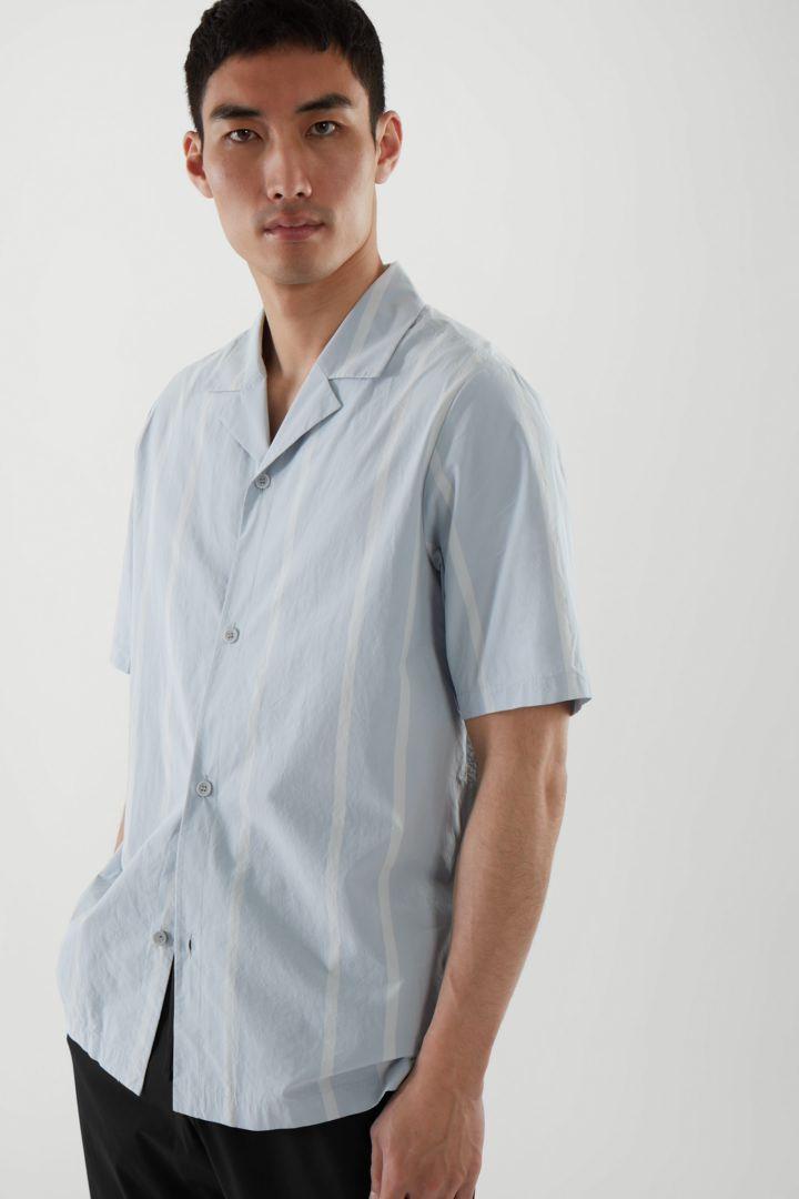 COS default image 12 of 블루 in 릴랙스드 캠프 칼라 셔츠