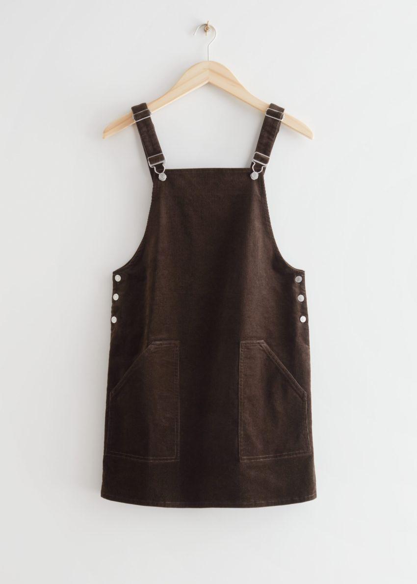 앤아더스토리즈 코듀로이 덩거리 미니 드레스의 다크 브라운컬러 Product입니다.
