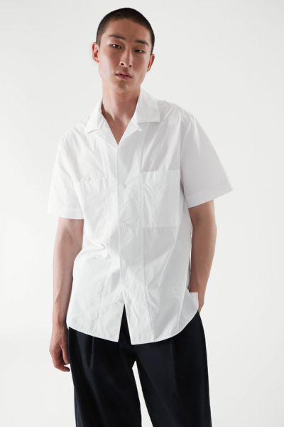 COS default image 6 of 화이트 in 쇼트 슬리브 포플린 셔츠