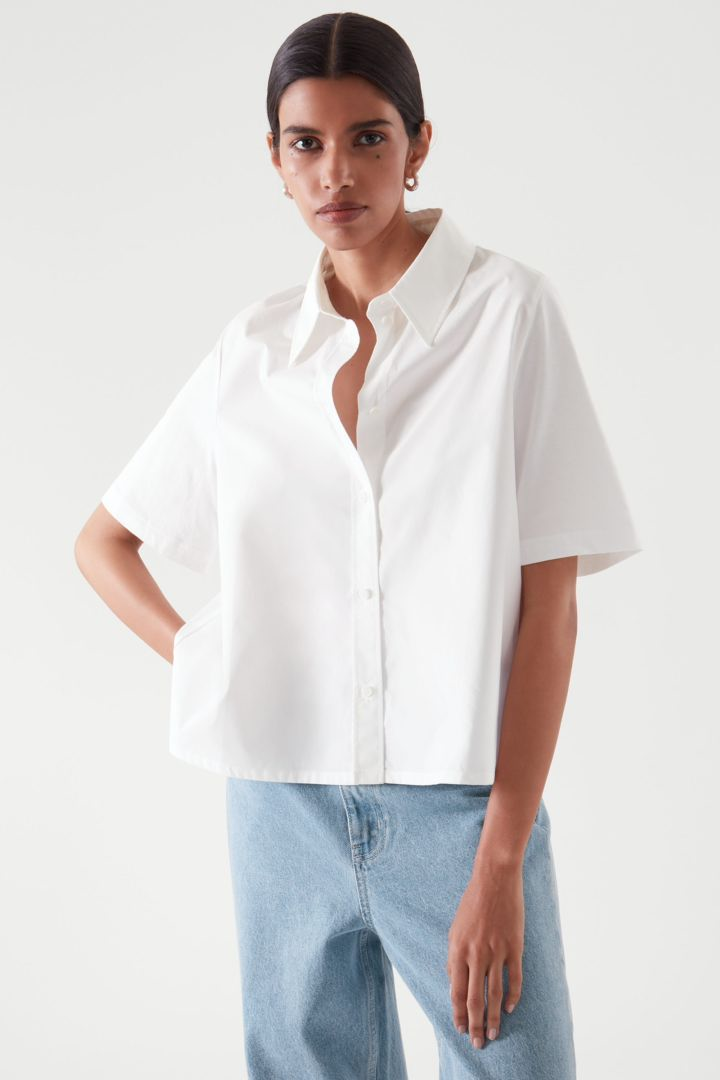 COS default image 6 of 화이트 in 크롭트 셔츠