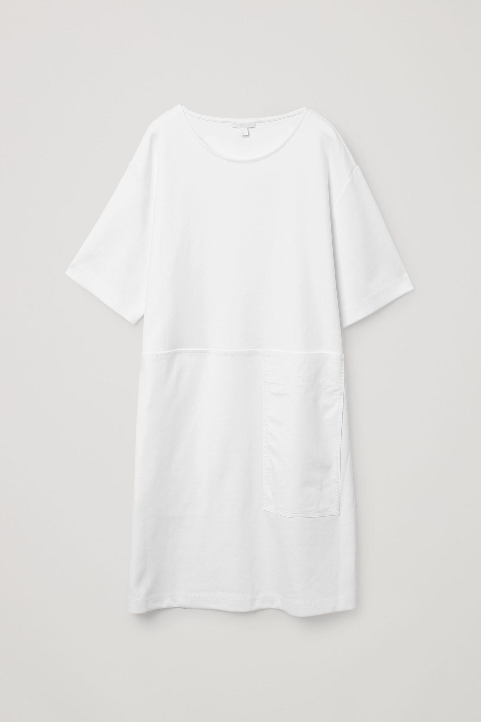 COS 포켓 디테일 코튼 드레스의 화이트컬러 Product입니다.