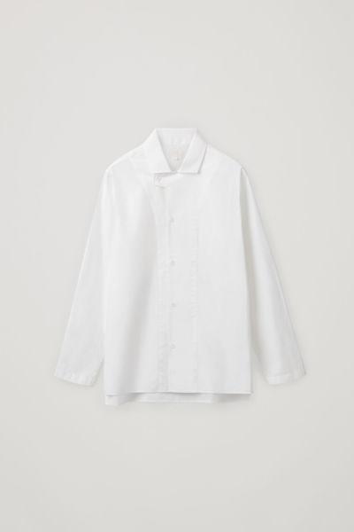 COS default image 1 of 화이트 in 탭 칼라 코튼 셔츠