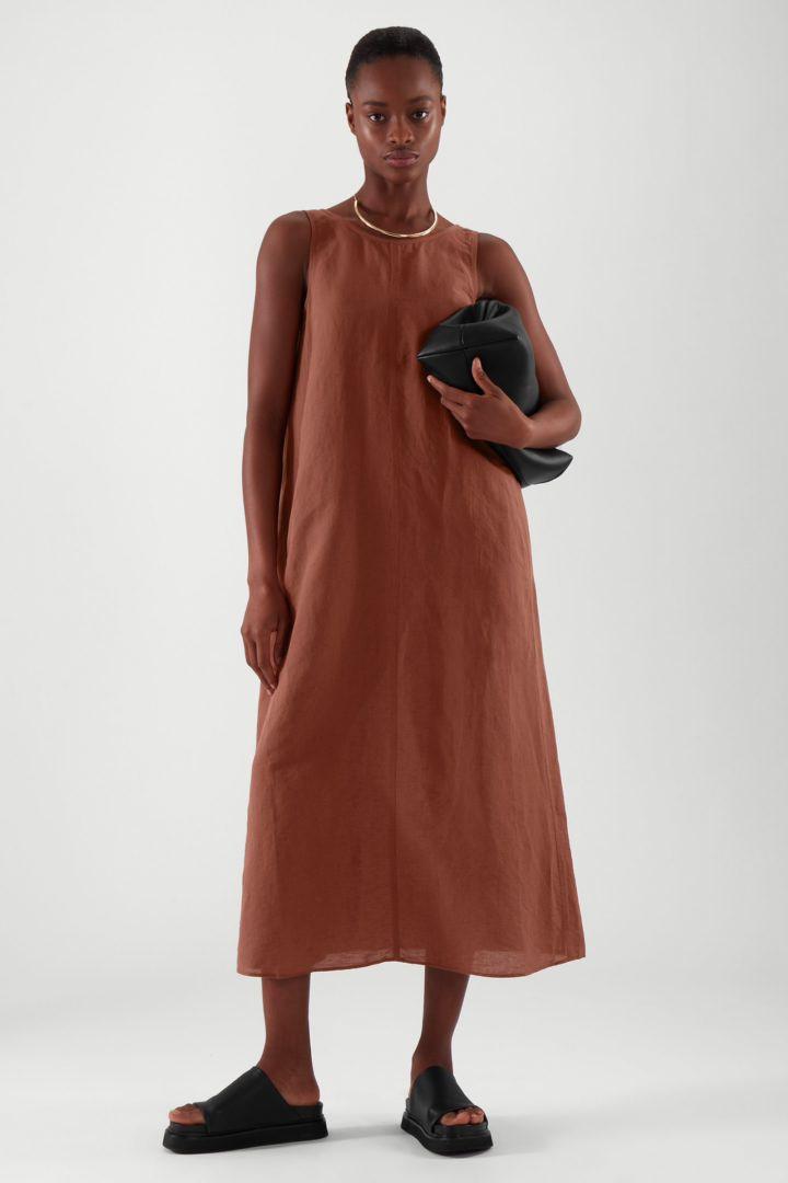 COS default image 9 of 오렌지 in 로우 컷 백 리넨 드레스