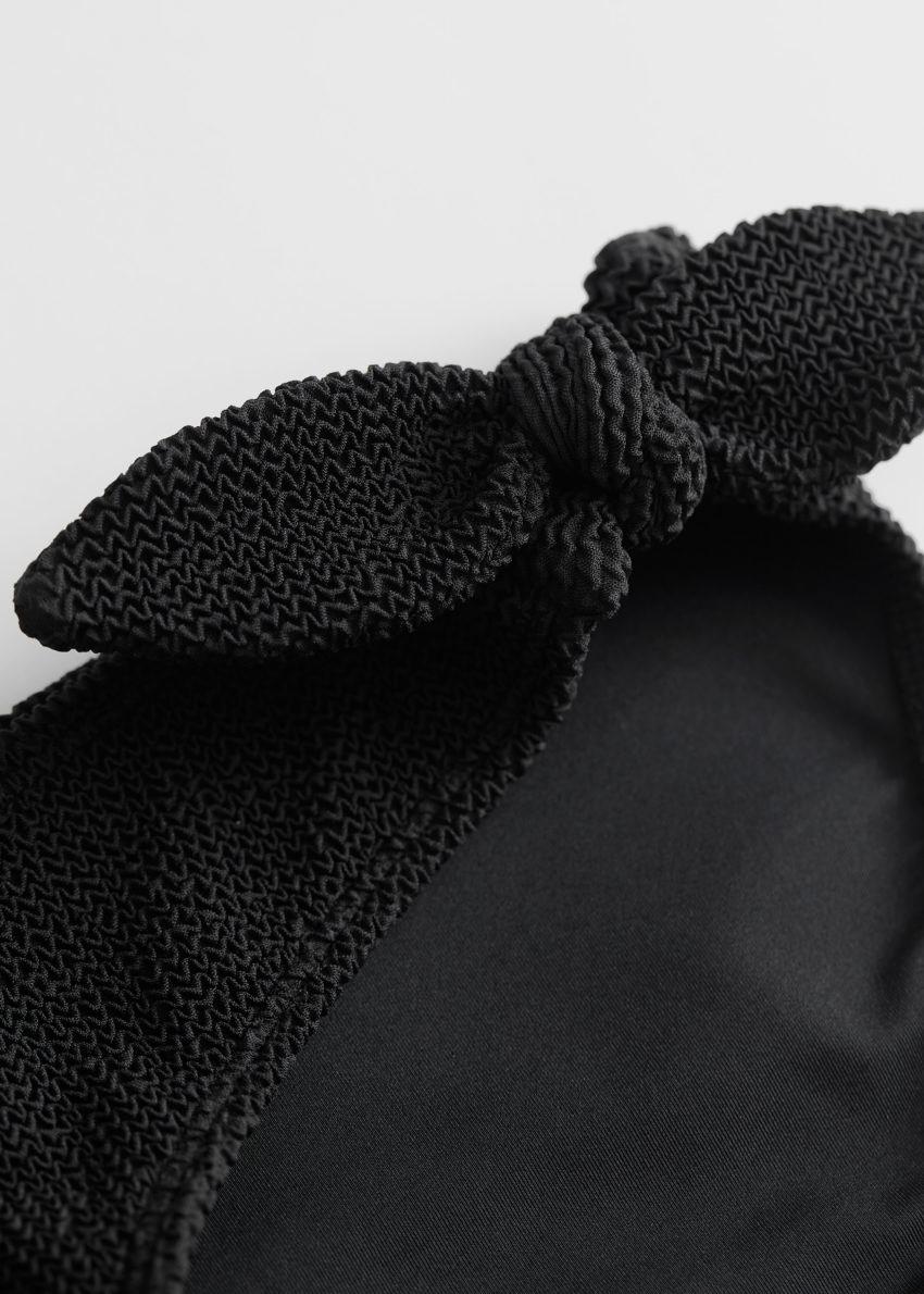 앤아더스토리즈 타이 크레이프 비키니 브리프의 블랙컬러 Detail입니다.