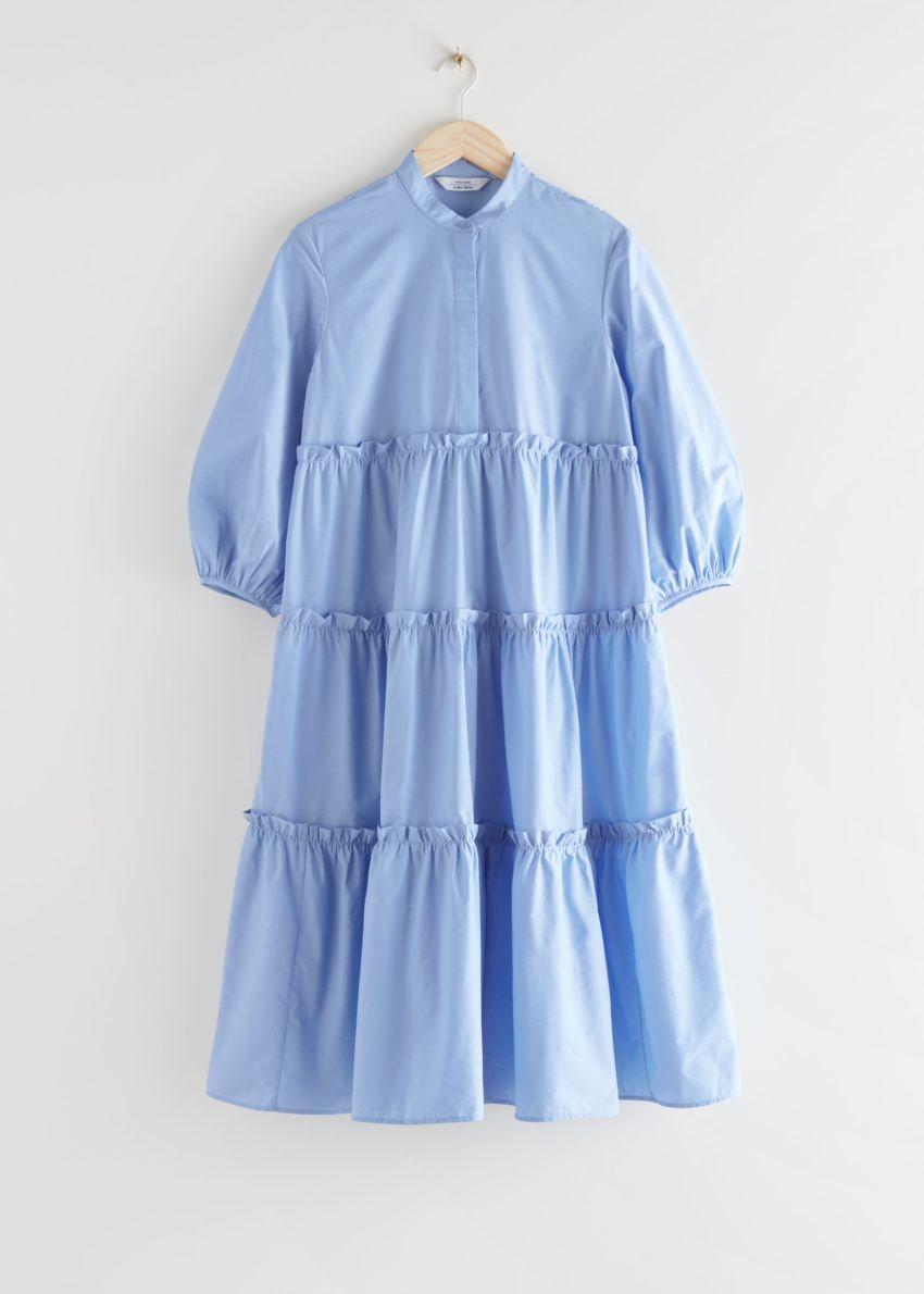 앤아더스토리즈 볼류미너스 티어드 퍼프 슬리브 미디 드레스의 라이트 블루컬러 Product입니다.