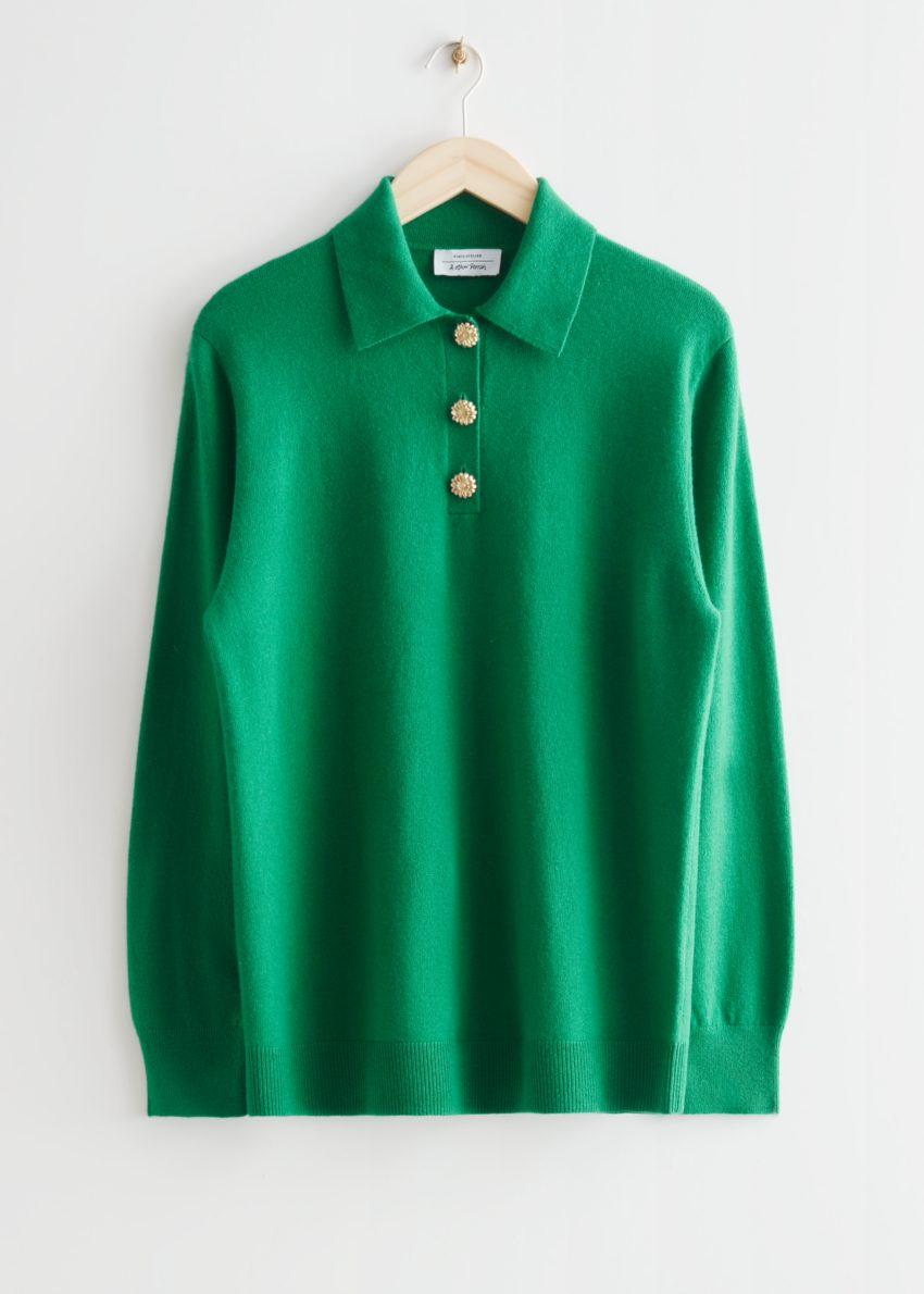 앤아더스토리즈 울 니트 폴로 스웨터의 그린컬러 Product입니다.