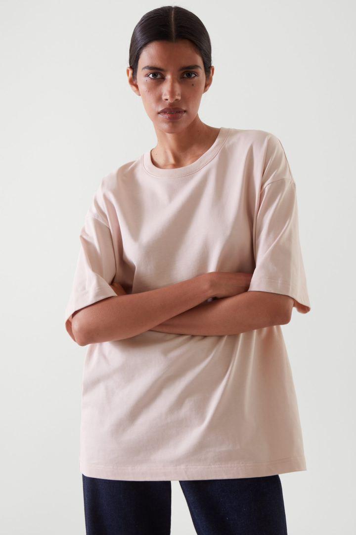 COS default image 12 of 핑크 in 오버사이즈 핏 티셔츠