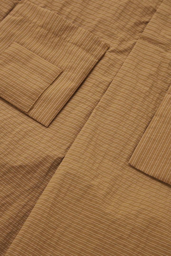 COS 오버사이즈 셔츠 드레스의 브라운 / 화이트컬러 Detail입니다.