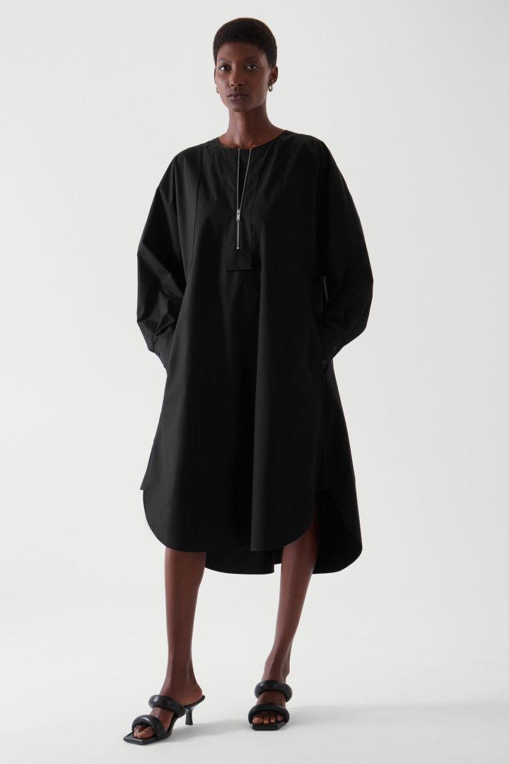 COS default image 11 of 블랙 in 오버사이즈 에이라인 셔츠 드레스