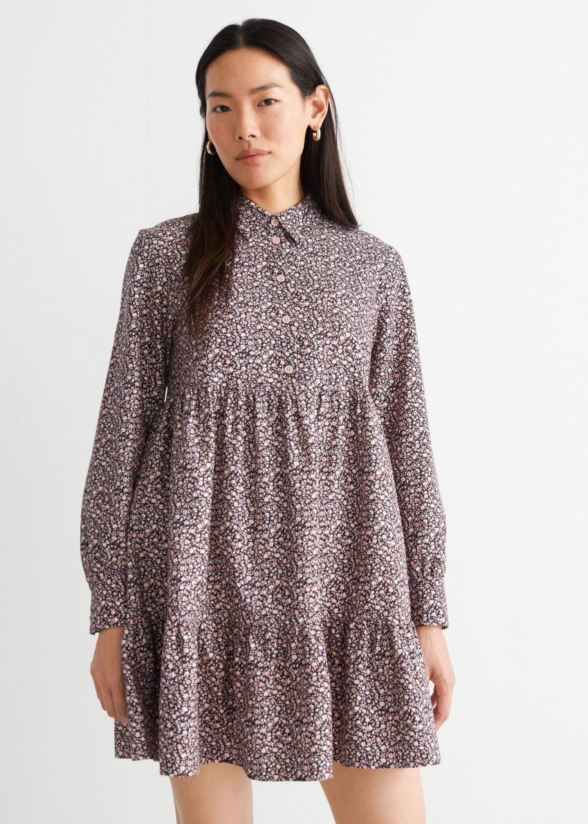 앤아더스토리즈 볼류미너스 미니 셔츠 드레스의 블랙 플로럴컬러 ECOMLook입니다.