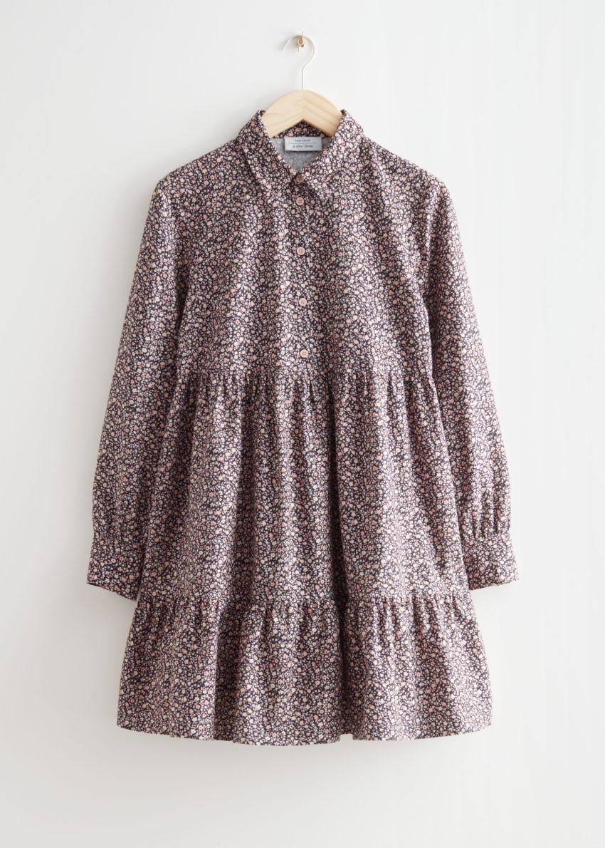 앤아더스토리즈 볼류미너스 미니 셔츠 드레스의 블랙 플로럴컬러 Product입니다.