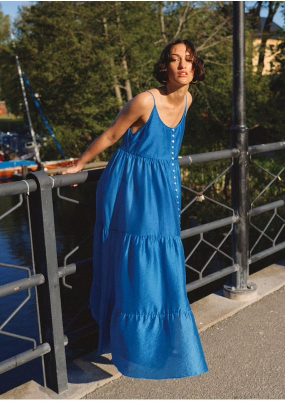 &OS image 8 of 블루 in 버튼 맥시 스트랩 드레스