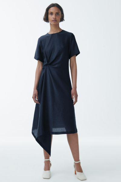 COS default image 7 of 블루 in 라이오셀 믹스 노트 드레이프 드레스