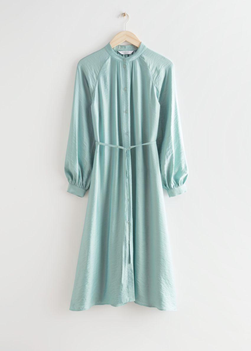 앤아더스토리즈 릴렉스드 벨티드 버튼 업 미디 드레스의 라이트 그린컬러 Product입니다.