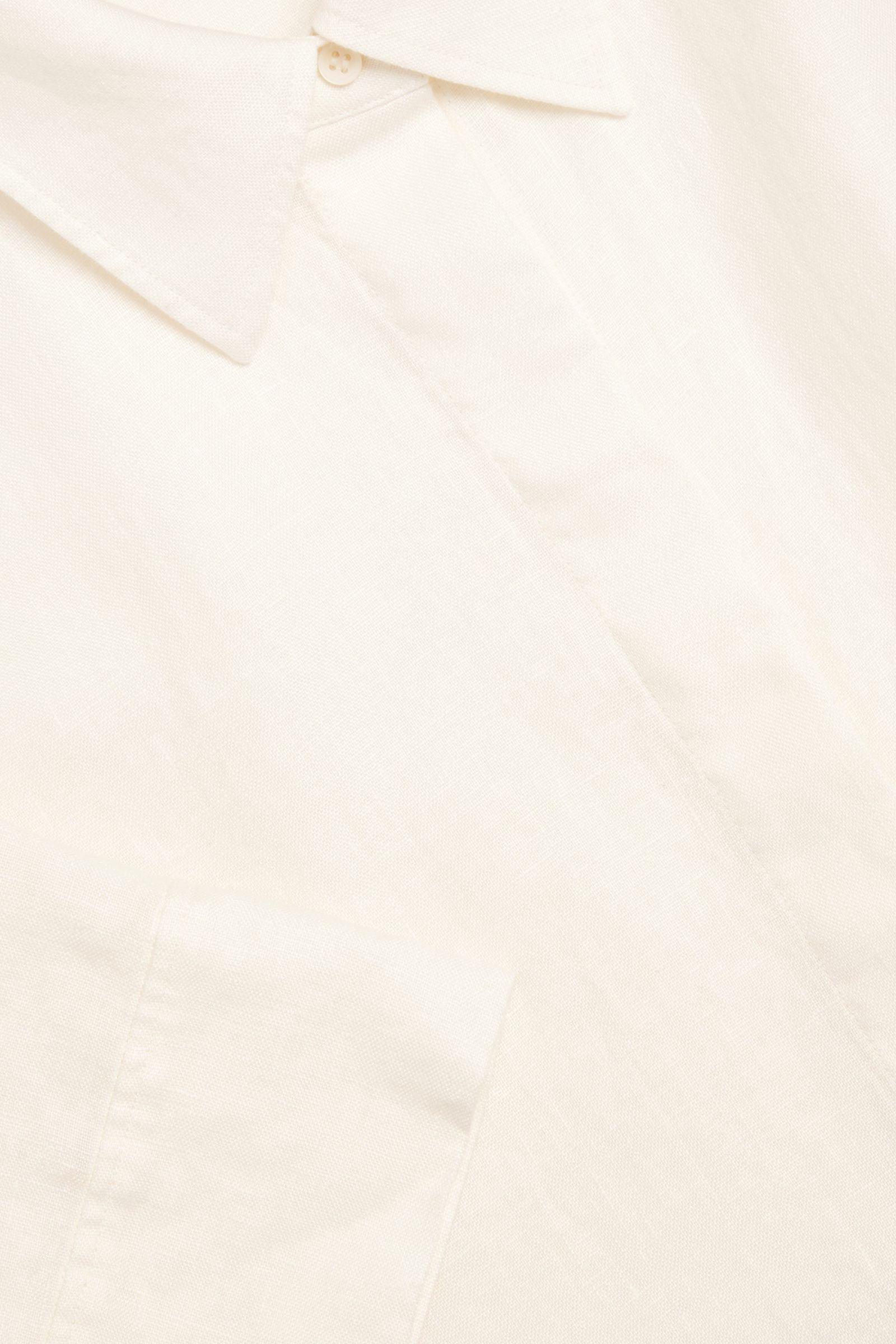 COS 리넨 셔츠 드레스의 화이트컬러 Detail입니다.