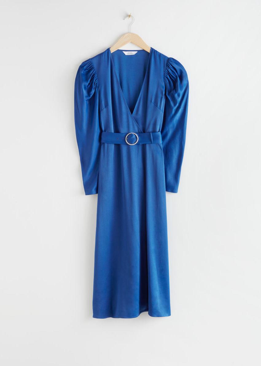 앤아더스토리즈 펄 버클 벨티드 미디 드레스의 블루컬러 Product입니다.