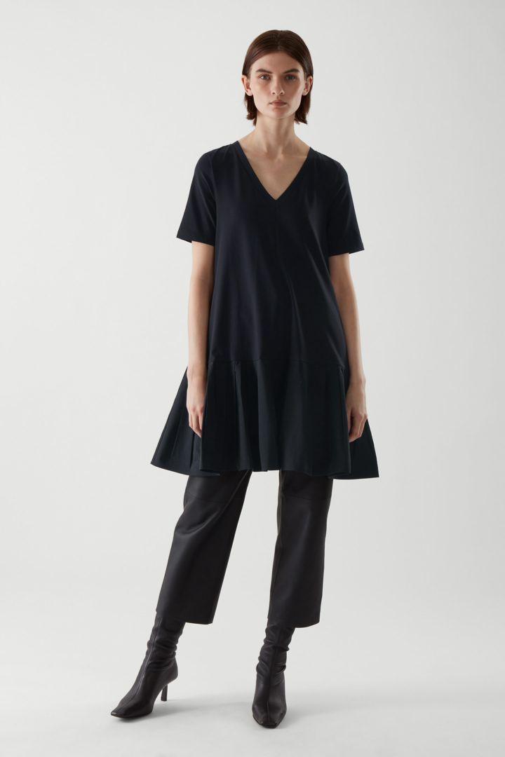 COS default image 1 of 블루 in 에이라인 미니 드레스