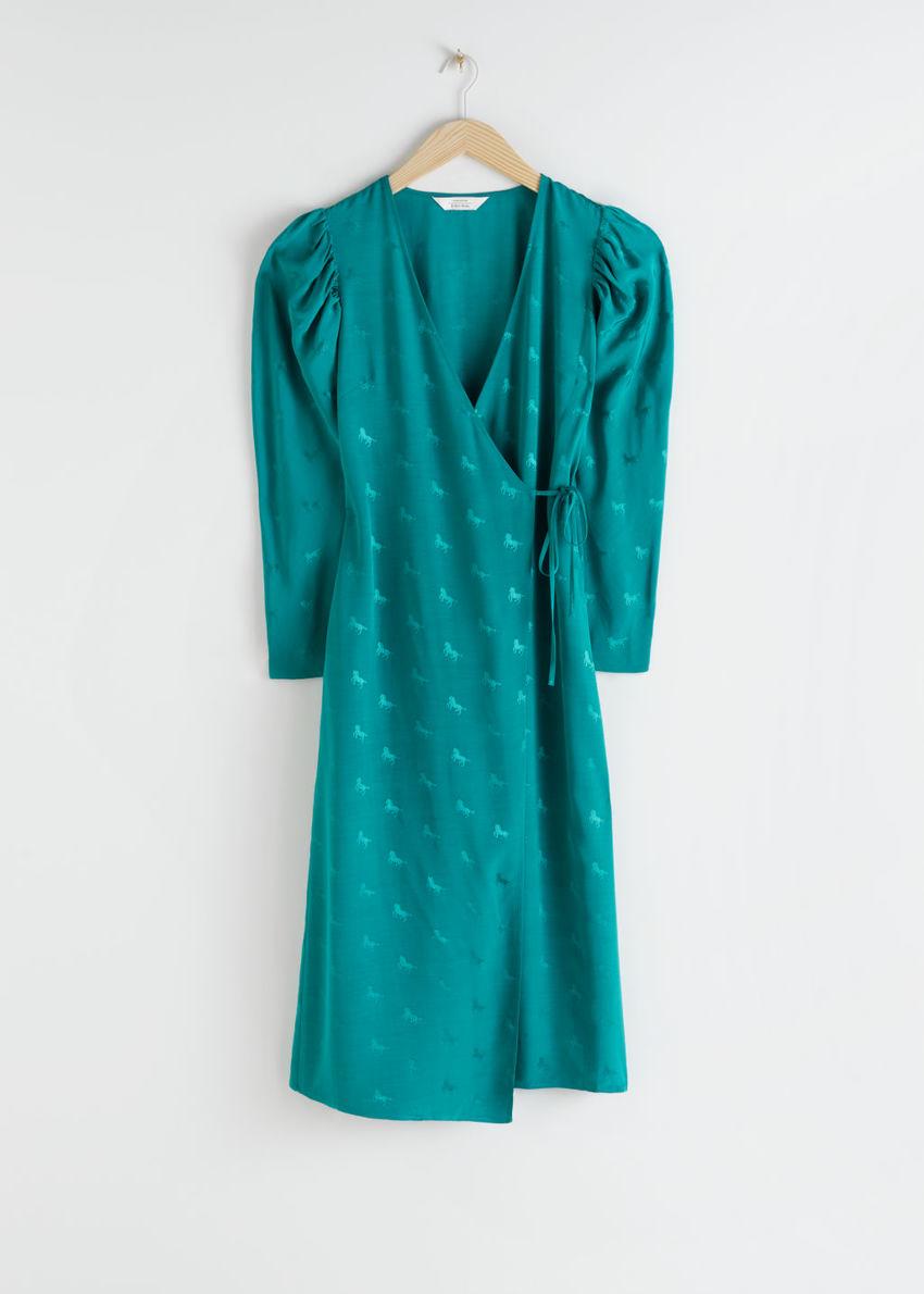 앤아더스토리즈 호스 프린트 웨이스트 타이 미디 드레스의 그린컬러 Product입니다.
