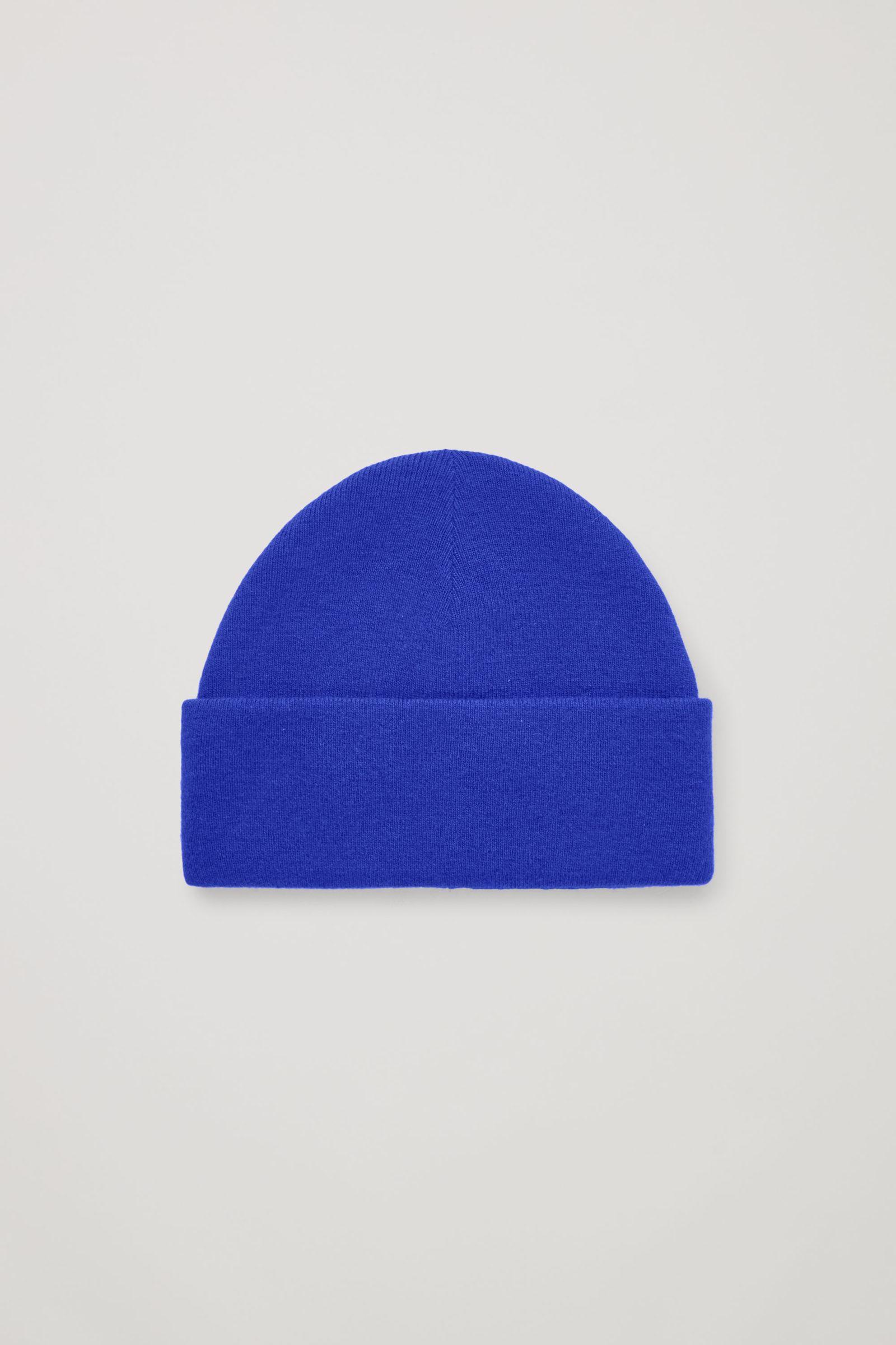 COS 폴디드 울 비니의 브라이트 블루컬러 Product입니다.