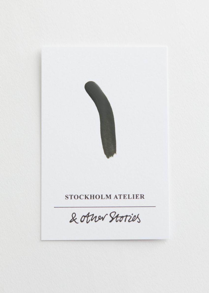 앤아더스토리즈 버치 히어로 네일 폴리시의 제니스 스테이지컬러 Detail입니다.