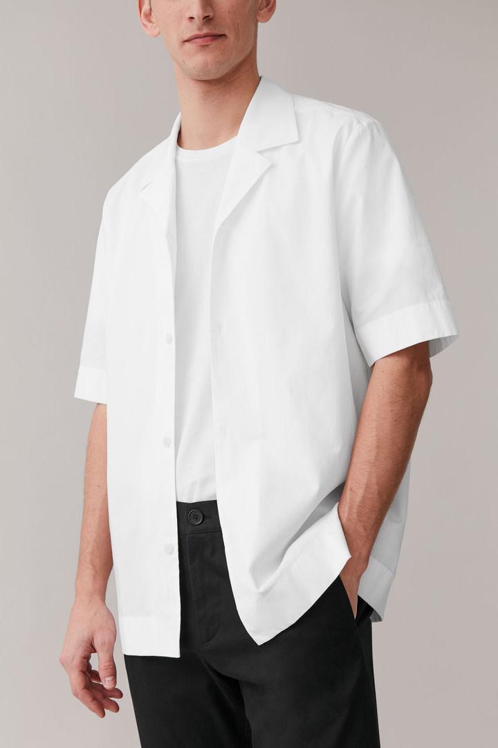 COS default image 9 of 화이트 in 캠프 칼라 코튼 믹스 셔츠