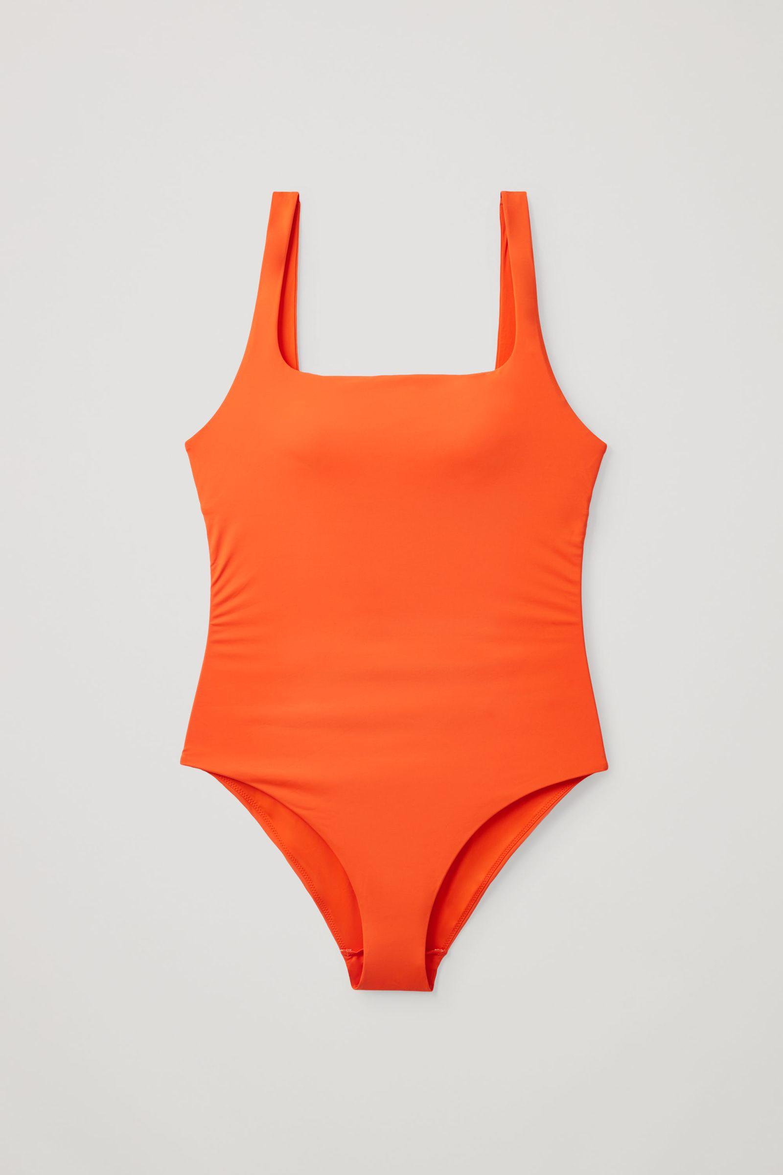 COS 오픈백 스윔수트의 오렌지컬러 Product입니다.