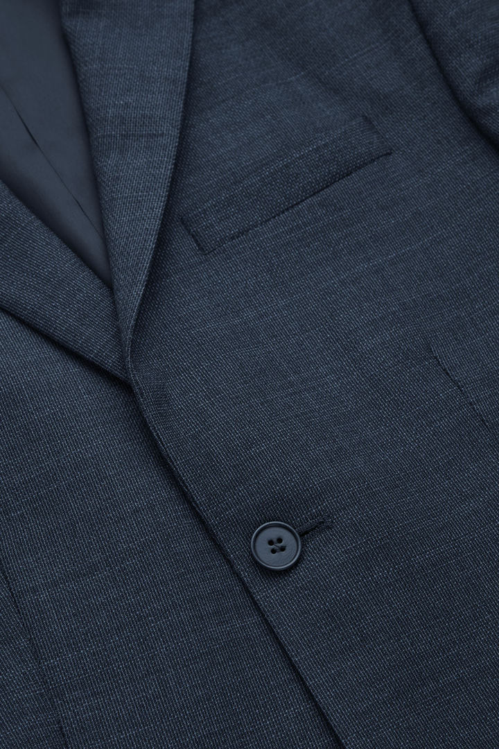 COS 울 믹스 블레이저의 블루컬러 Detail입니다.