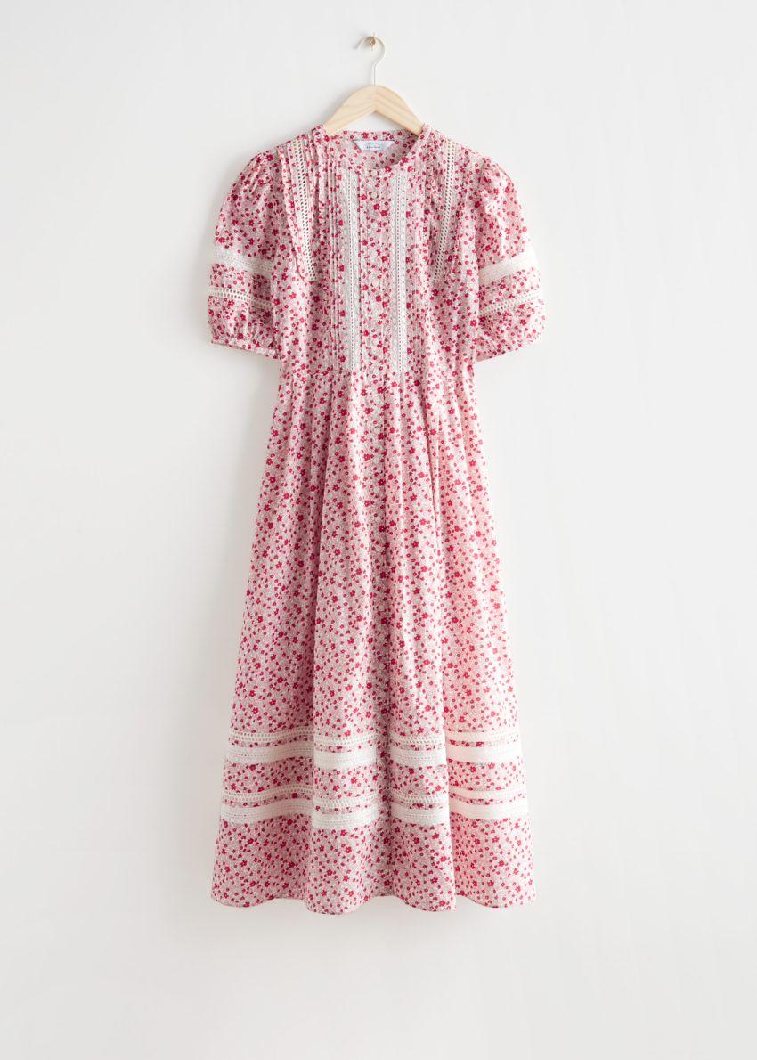 앤아더스토리즈 프린트 레이스 맥시 드레스의 레드 플로럴컬러 Product입니다.