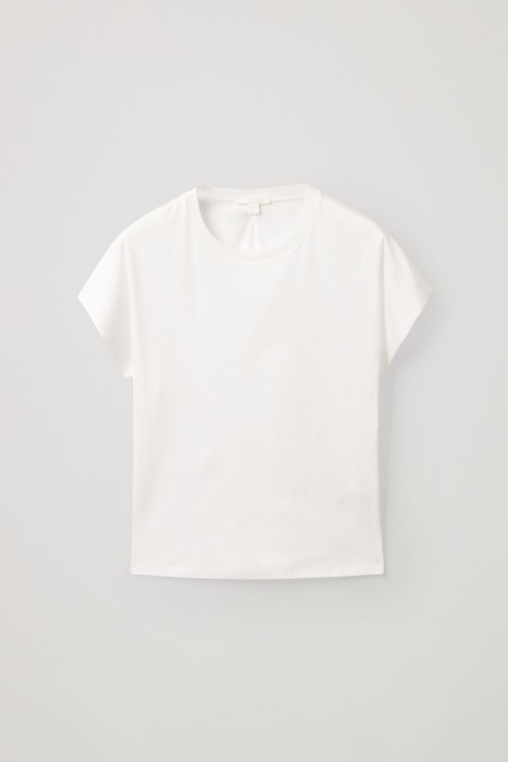 COS hover image 11 of 화이트 in 피티드 티셔츠