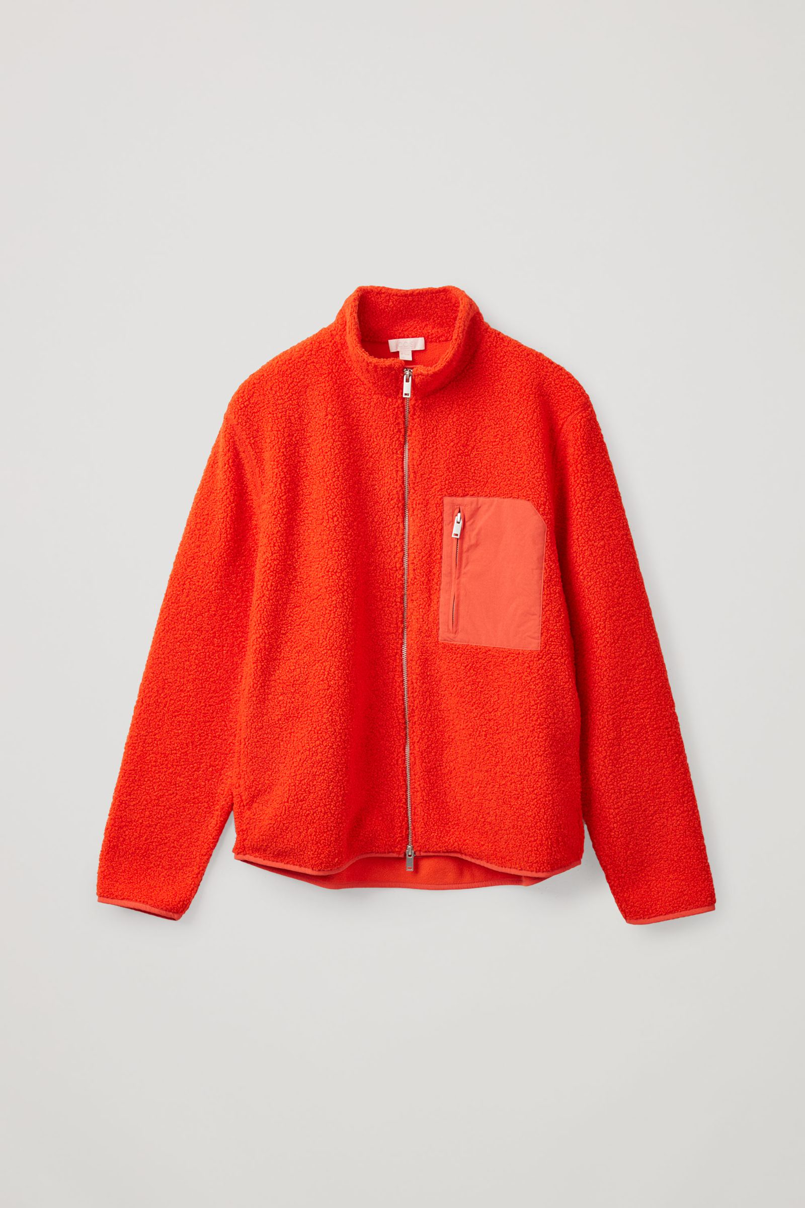 COS 테디 집업 재킷의 레드컬러 Product입니다.