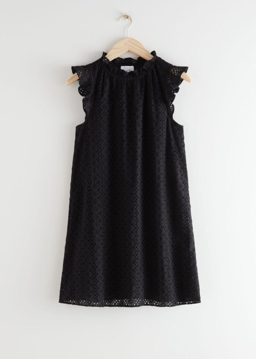 앤아더스토리즈 프릴 브로드리 앙글레즈 미니 드레스의 블랙컬러 Product입니다.