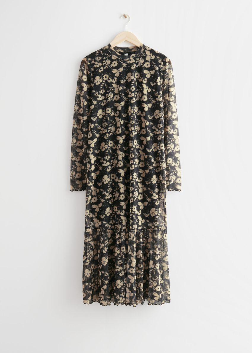앤아더스토리즈 프린트 미디 드레스의 블랙 플로럴컬러 Product입니다.