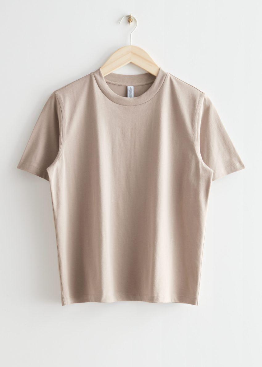 앤아더스토리즈 박시 크루넥 티셔츠의 몰컬러 Product입니다.