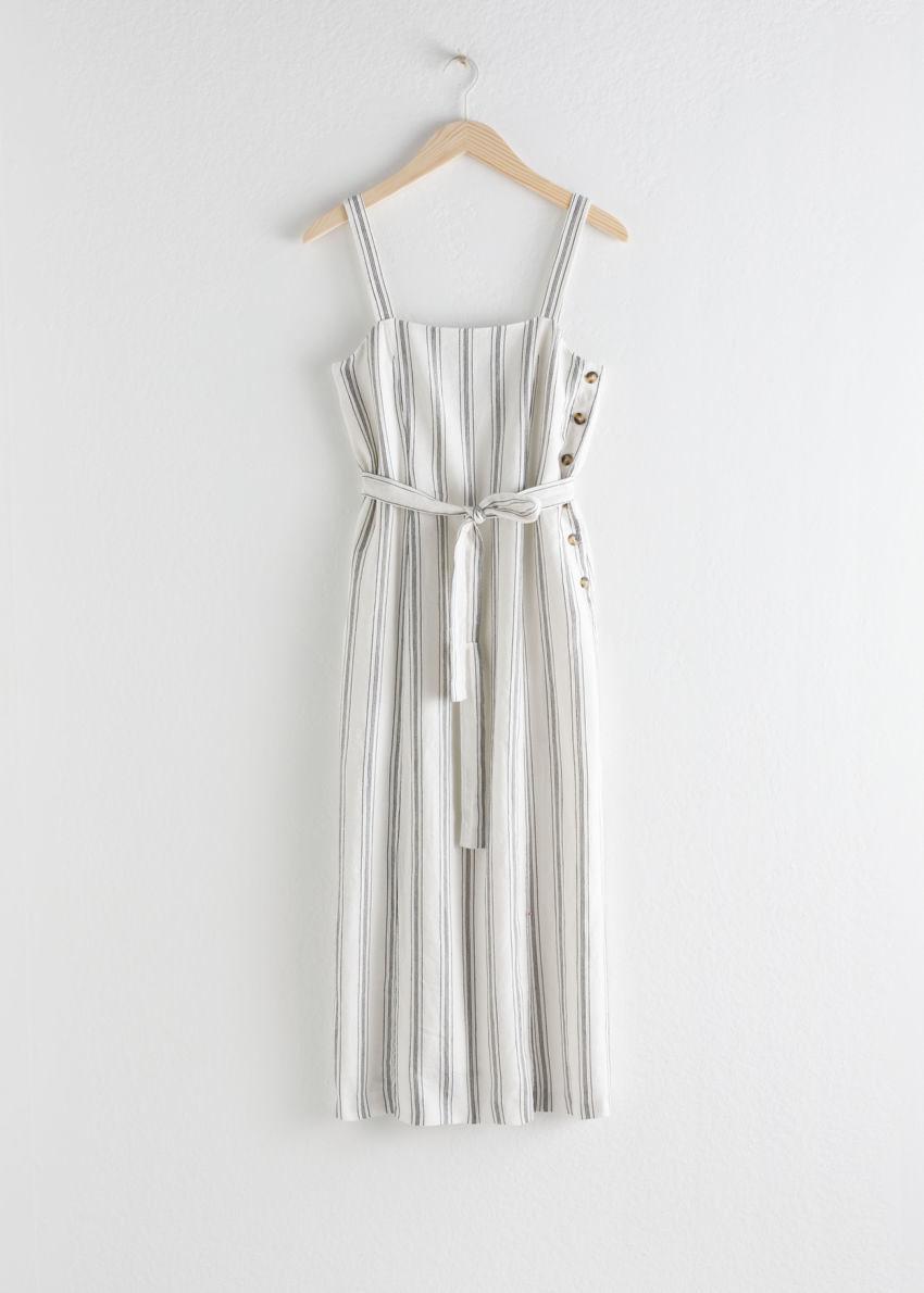 앤아더스토리즈 벨티드 리넨 미디 드레스의 스트라이프컬러 Product입니다.