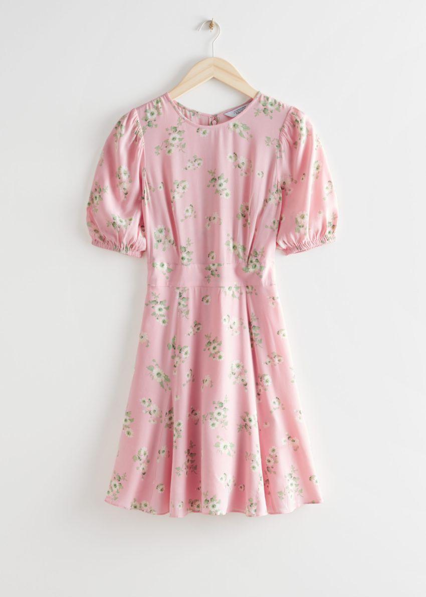 앤아더스토리즈 퍼프 슬리브 미니 드레스의 핑크컬러 Product입니다.