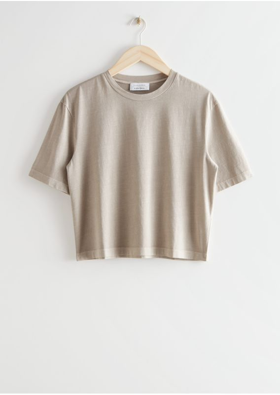 &OS image 28 of 브라운 in 크롭 크루넥 티셔츠