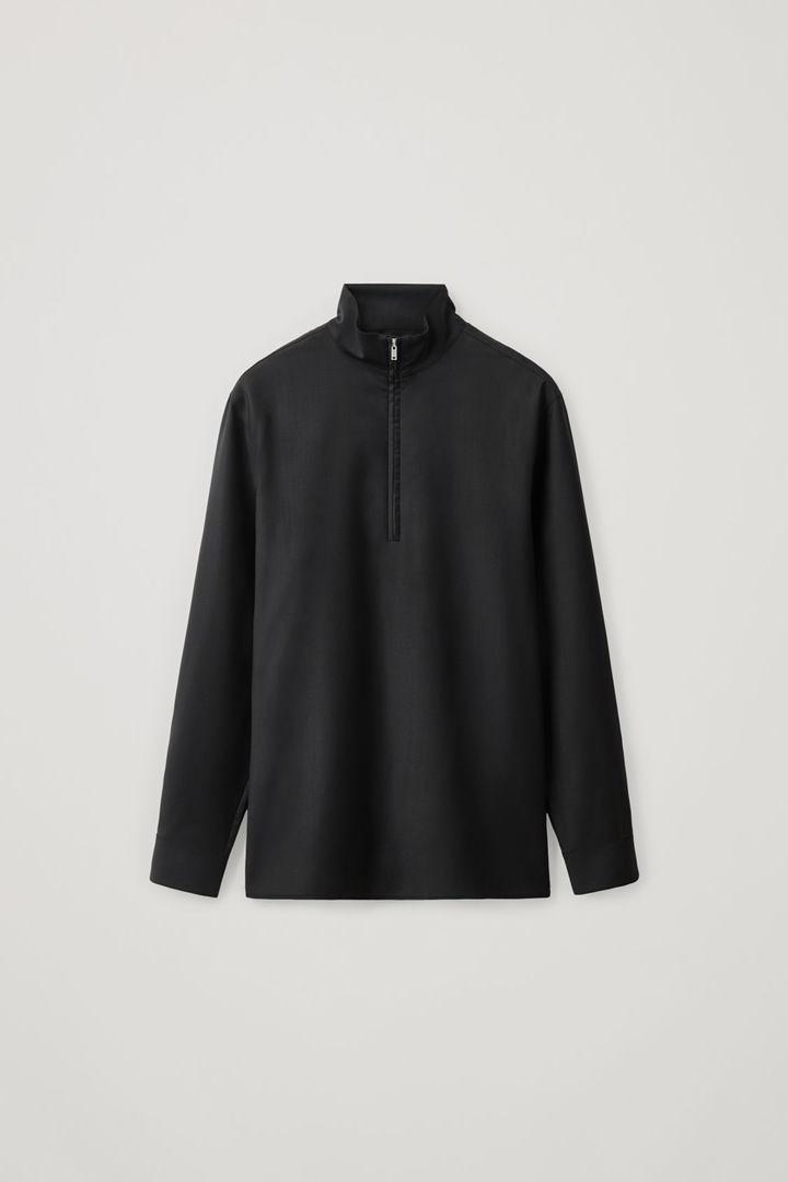 COS hover image 6 of 블랙 in 롱 슬리브 하프 집 셔츠